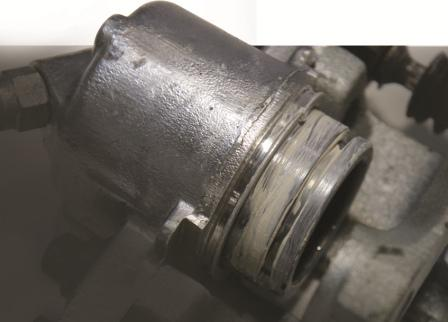 Use brake and caliper grease MC-1600 for caliper pistom to prevent corrosion